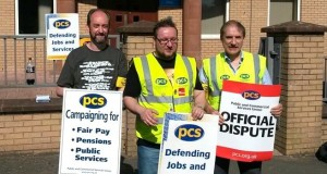 PCS pickets in Paisley